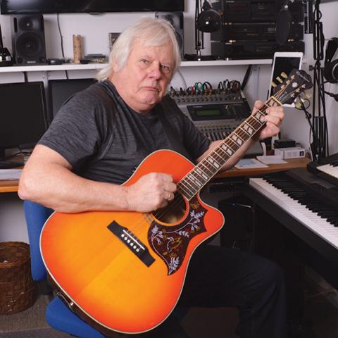 Allan akustisk guitar